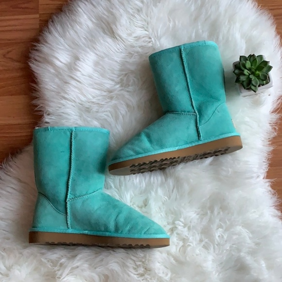 80bc48e7320 Classic Short Teal Ugg Boots